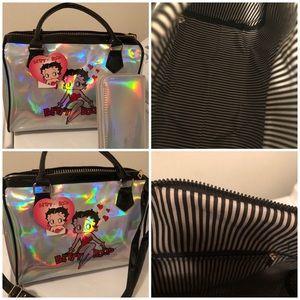 New Betty Boop Medium Handbag and Wallet Light